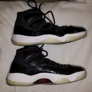 Nike Air Jordan 11 Retro 72-10 Size 13